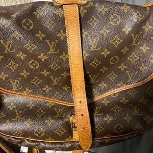 Louis Vuitton saumur 35 bag